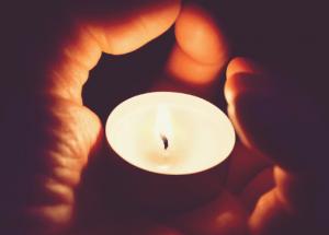 Como hacer un ritual para el amor con velas y aceites