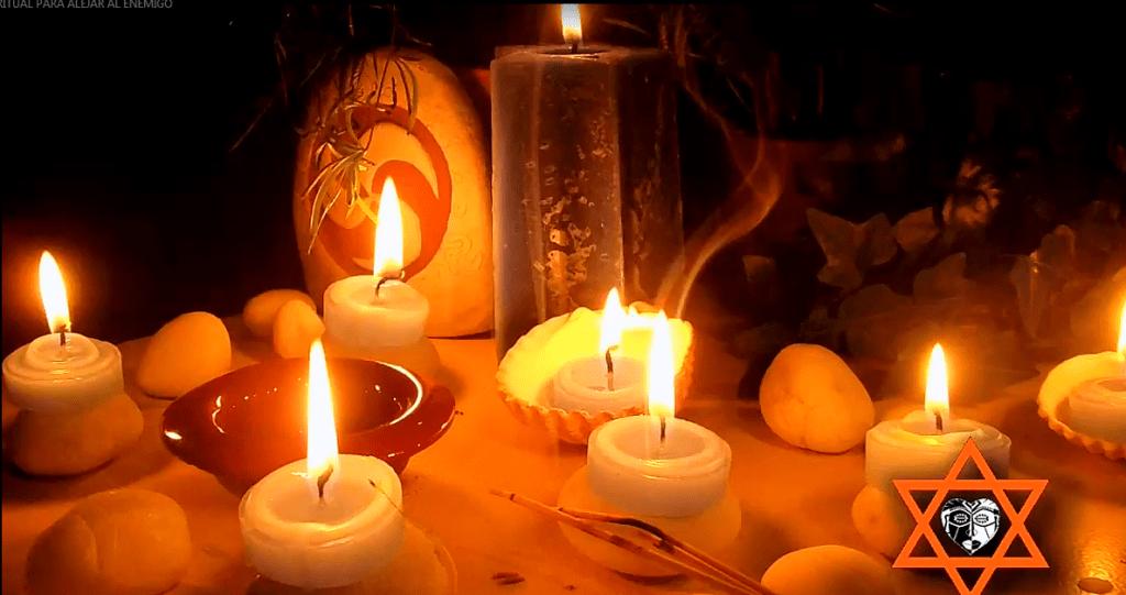 Hechizos de Navidad para la Protección y la Paz| Conjuros para el año nuevo