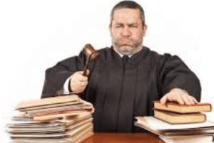 Hechizo de lápiz y papel para ganar un juicio o pleito