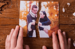 Hechizo simple para separar una pareja lo más rápido posible