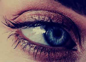 Cómo se transmite el mal de ojo