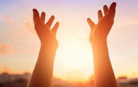 Oración Poderosa para Pedir Abundancia y Prosperidad
