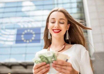 Hechizo con monedas para Tener Dinero en Abundancia Siempre
